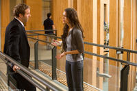 Alessandro Nivola and Jessica Alba in