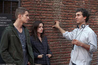 Hayden Christensen, Rachel Bilson and director Doug Liman on the set of