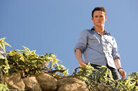 Jonathan Tucker in