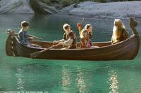 Skandar Keynes, William Moseley, Georgie Henley, Anna Popplewell and Peter Dinklage in