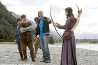 Skandar Keynes, William Moseley, Andrew Adamson and Anna Popplewell on the set of