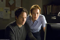 David Duchovny and Gillian Anderson in