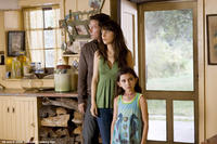 On the run from a widening crisis, Elliot (Mark Wahlberg), Alma (Zooey Deschanel) and Jess (Ashlyn Sanchez) check out an abandoned home in
