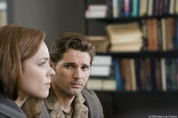 Rachel McAdams and Eric Bana in