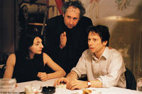 Director Nicolas Klotz and Mathieu Amalric on the set of