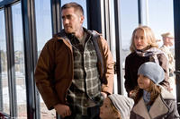 Jake Gyllenhaal as Tommy, Natalie Portman as Grace, Taylor Geare as Maggie (bottom left) and Bailee Madison as Isabelle (bottom right) in