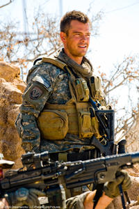 Josh Duhamel as Capt. Lennox in