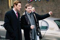 Aaron Eckhart and writer-director Brandon Camp on the set of