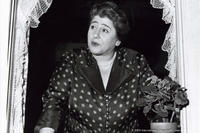 Gertrude Berg as Molly Goldberg in