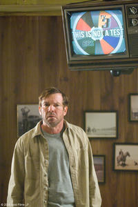 Dennis Quaid as Bob in