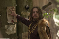 Matthew MacFadyen as the Sheriff of Nottingham in