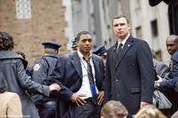 Chiwetel Ejiofor as Peabody and Liev Schreiber as Ted Winter in