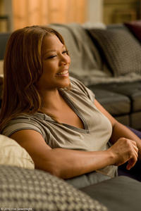 Queen Latifah as Leslie Wright in