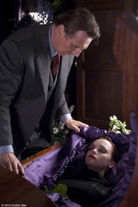 Liam Neeson as Eliot Deacon and Christina Ricci as Anna in