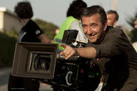 Director Pascal Chaumeil on the set of