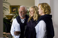 Malcolm McDowell as Mr. Farley, Chloe Sevigny as Jennifer and Cybill Shepherd as Mrs. Farley in