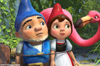 James McAvoy as Gnomeo and Emily Blunt as Juliet in