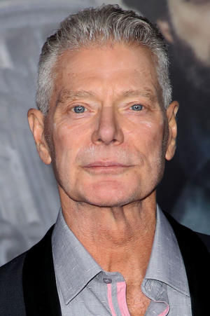Stephen Lang as King
