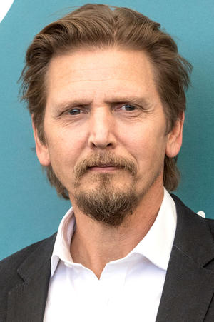 Barry Pepper as
