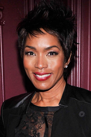 Angela Bassett as Reesha