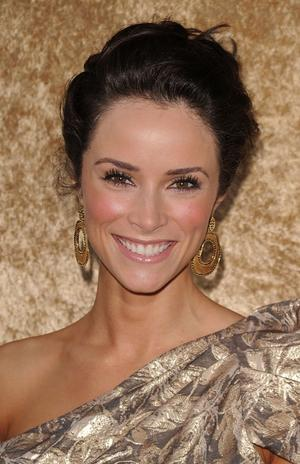 Abigail Spencer as Alice