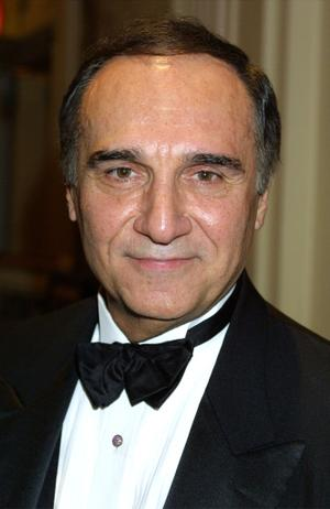 Tony Lo Bianco as Joe Rinaldi