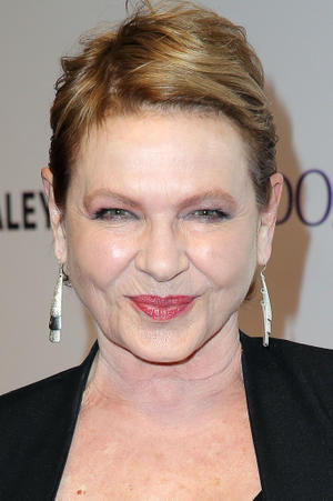 Dianne Wiest as Mary