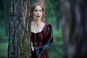 Emily Blunt Will Play Mary Poppins, Plus: What's Next for Jessica Chastain and Emilia Clarke