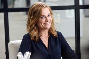Movie News: Amy Poehler to Star in and Direct 'Wine Country'