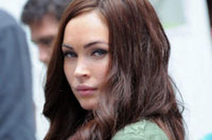 New Pics: Megan Fox, Will Arnett and a Poorly Disguised Ninja Turtle