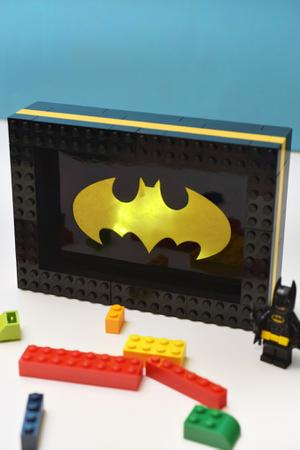 Family Movie Night: DIY Lego Light Brightens Up The Night