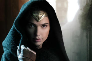 News Briefs: First Look at Gal Gadot in 'Wonder Woman'