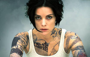 6 Reasons We Love Jaimie Alexander