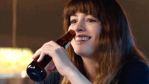 Colossal: 'Giant Robot' Trailer