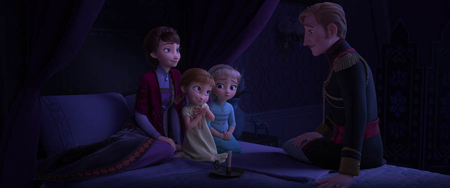 Frozen II family Queen Iduna Anna Elsa