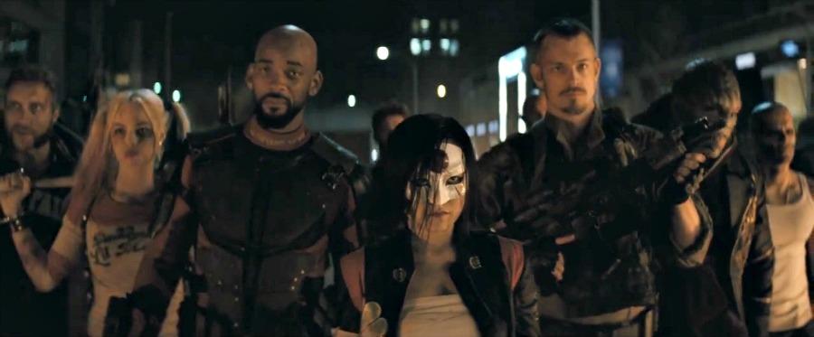 http://images.fandango.com/images/fandangoblog/suicide-squad-cast900.jpg