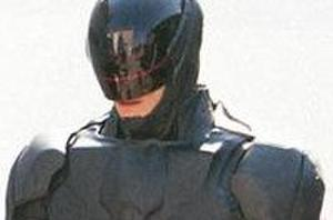 'RoboCop' Reboot Suit Spotted On Set. Do You Like It?