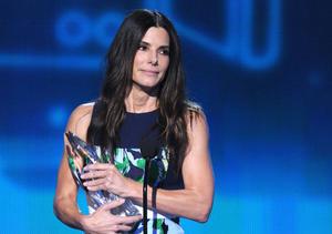 Sandra Bullock, Zac Efron and Iron Man: 15 Pics to Recap the People's Choice Awards