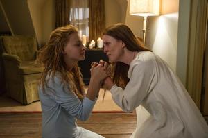 "Chloe Grace Moretz and Julianne Moore in ""Carrie."""