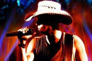 Fandango Exclusive - New Clip for 'Kenny Chesney: Summer in 3D'