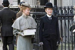 Glenn Close is a Kind Little Man in 'Albert Nobbs' Trailer