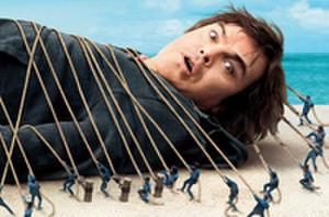 Exclusive: 'Gulliver's Travels' Poster Premiere!