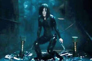 Kate Beckinsale Fights Off Humans, Massive Lycan in New 'Underworld' Trailer