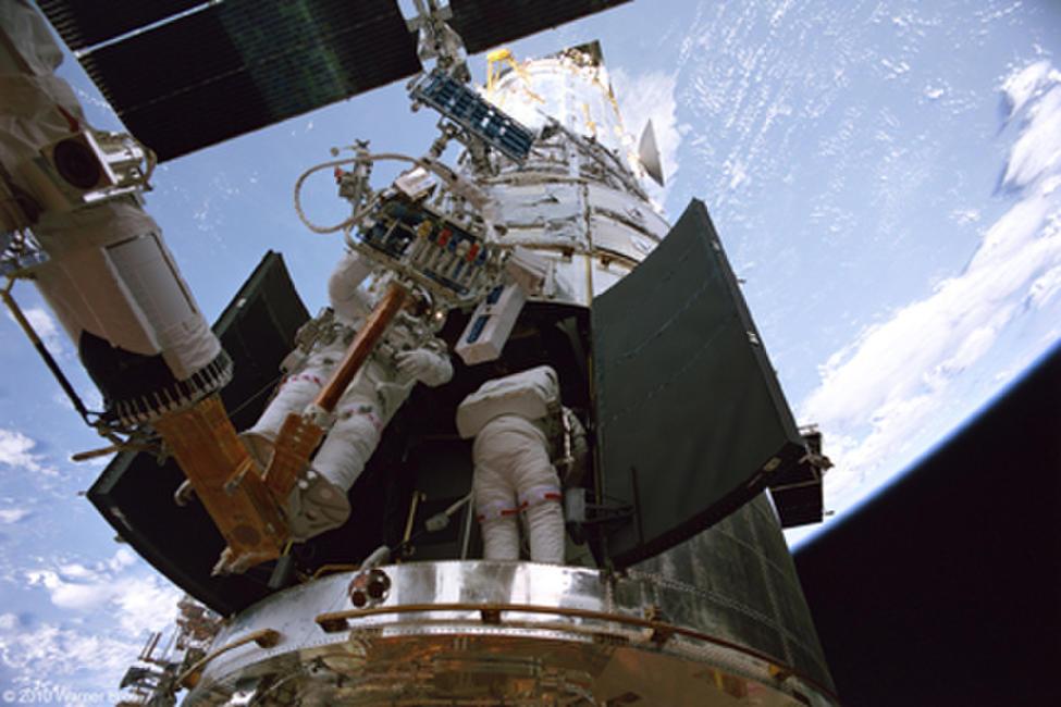 Hubble 3D Photos + Posters