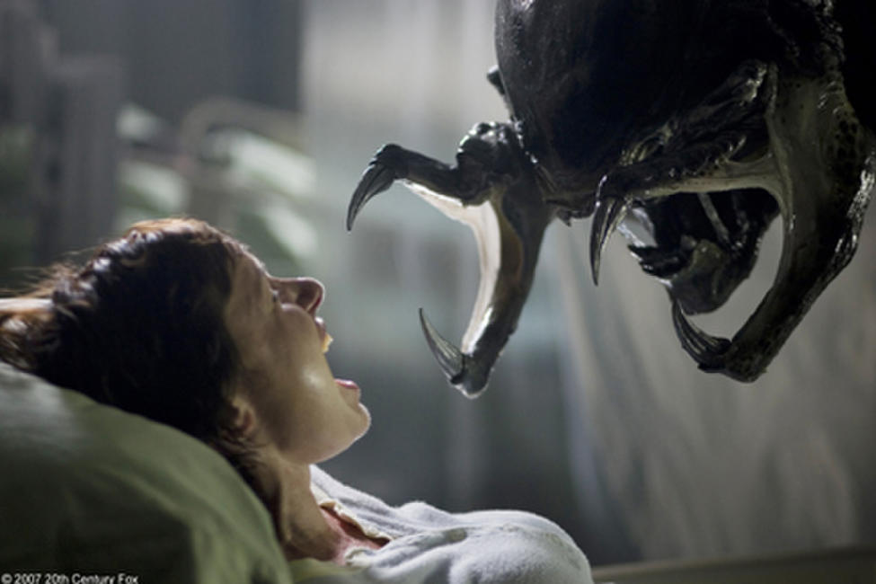 Alien vs. Predator: Requiem Photos + Posters
