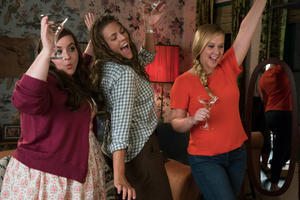 Watch Exclusive 'I Feel Pretty' Clip: Don't Chicken Out!