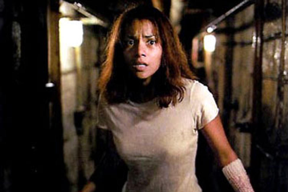 Gothika - Spanish Subtitles Photos + Posters