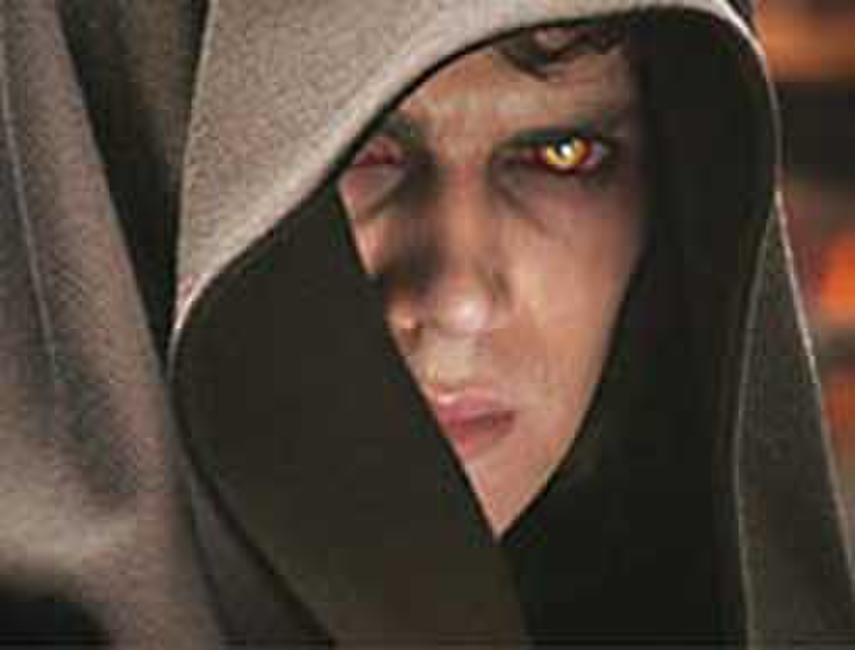 Star Wars: Episode III - Revenge of the Sith Photos + Posters