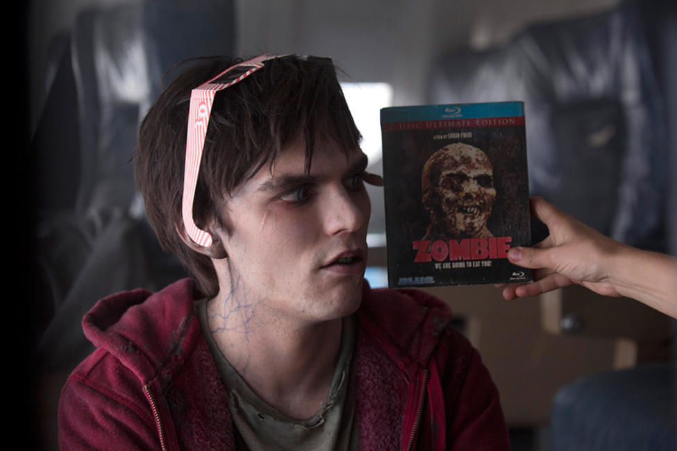 in warm bodies the main character Deadlockedif we had to pick an antagonist for warm bodies, it would be a toss-up between the boneys (see the dead for more info) or julie's dad, general grigio.