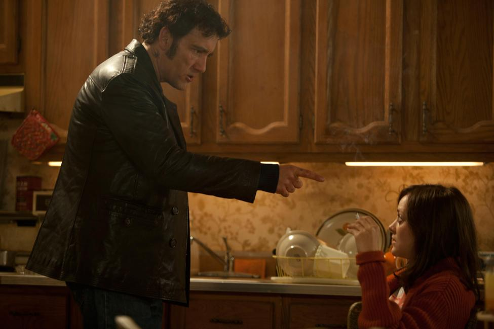 Blood Ties (2009) Photos + Posters